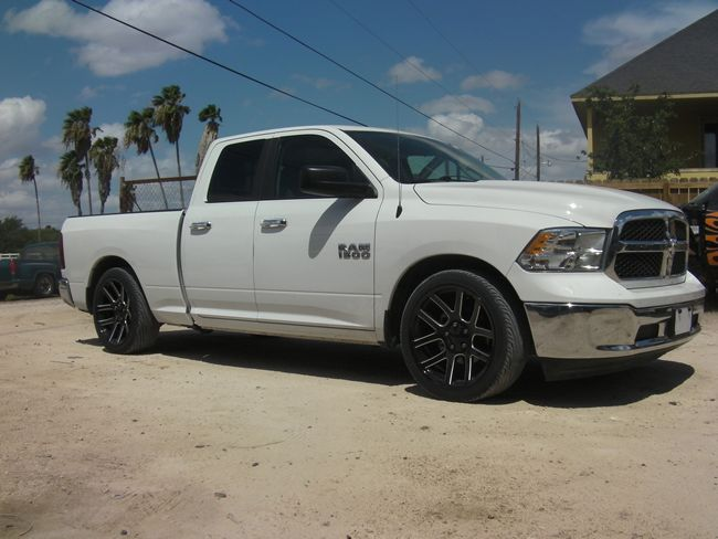 Leveling Kit Wheel Offset 2011 Dodge Ram Outside Wheel